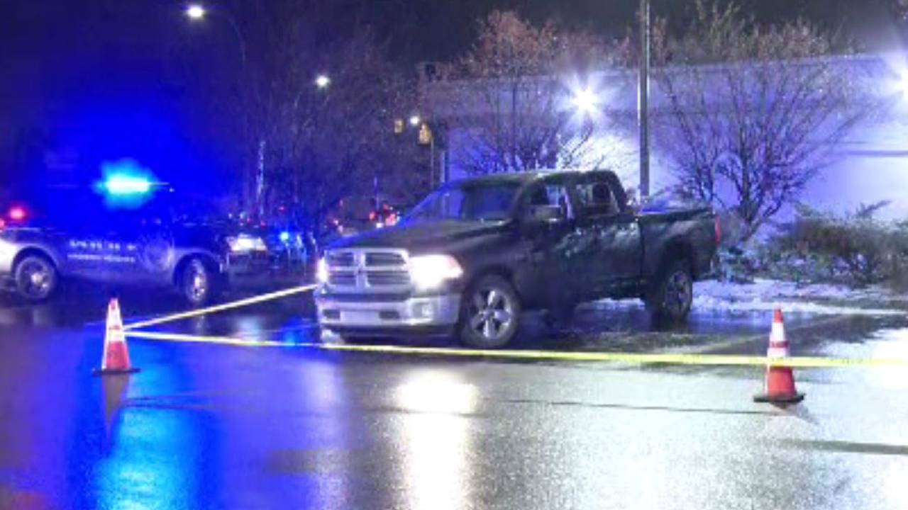 Madison Dodges Weather Bullet As >> Pickup Truck Riddled With Bullets Along I 75 Service Drive In