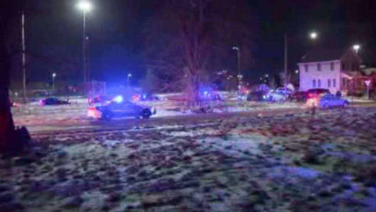 Police shooting scene Tillman and Ash image