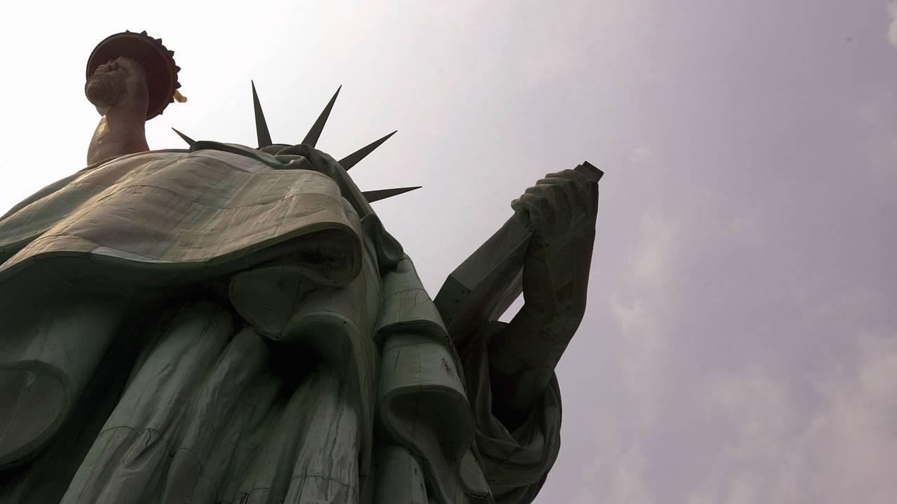 Statue of Liberty upward angle93069837-75042528