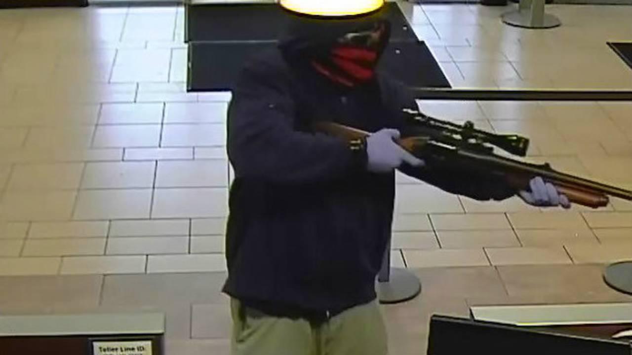 Robbery Chase Bank 2 _1475287532128.jpg