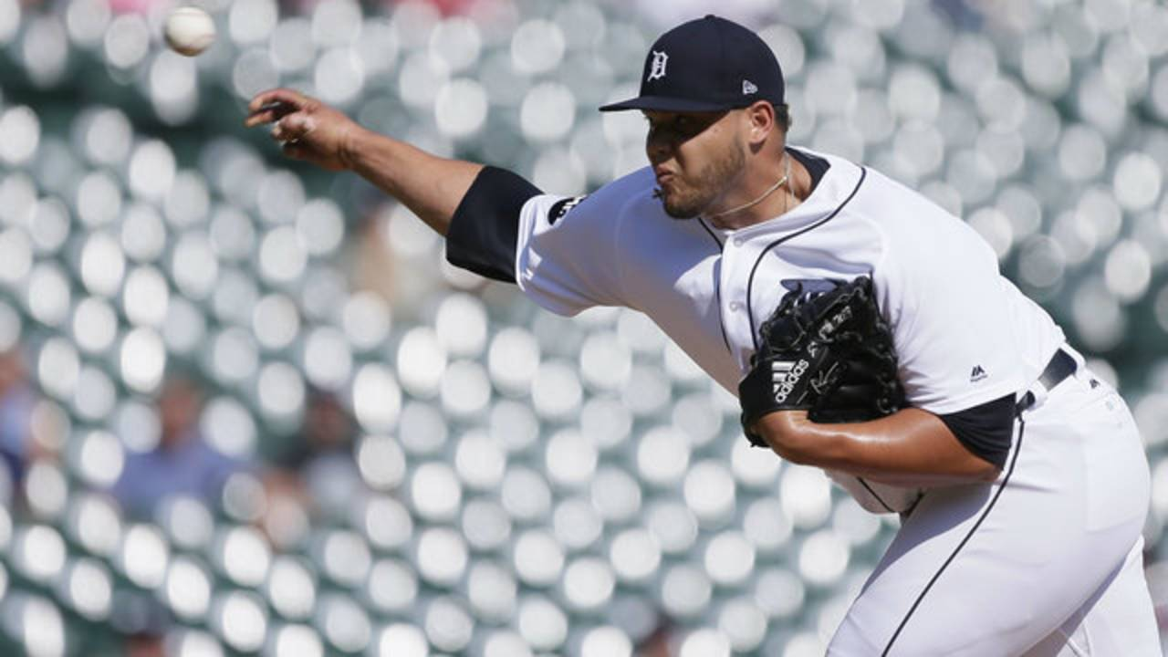 Joe Jimenez pitch Detroit Tigers vs Athletics 2017