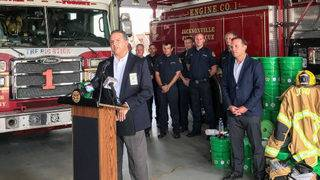 Jacksonville firefighters receive cancer-fighting decontamination kits