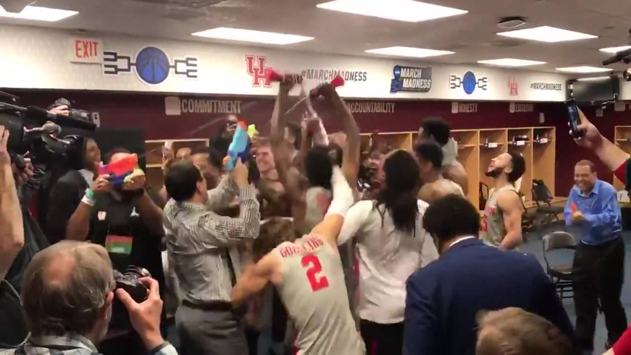 UH Coogs sweet 16 celebration 3-25-19
