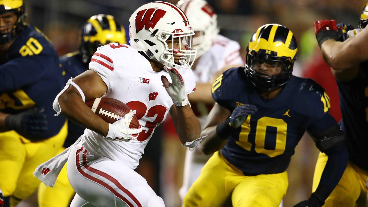 Jonathan Taylor Wisconsin football vs Michigan 2018
