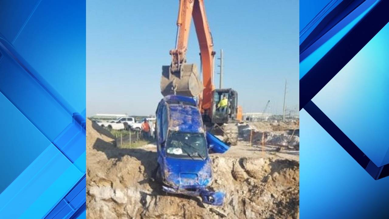 Car pulled from Orange County trench
