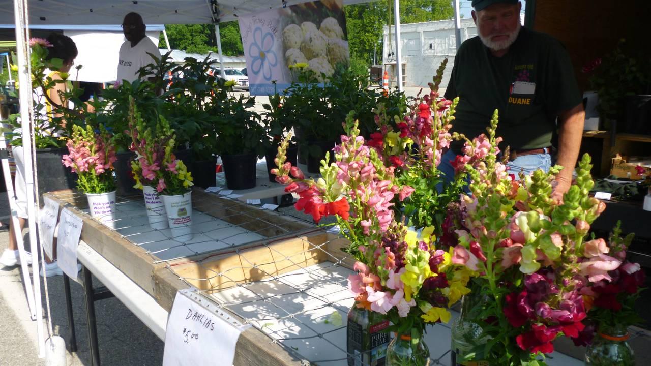 Chelsea Farmers Market flowers