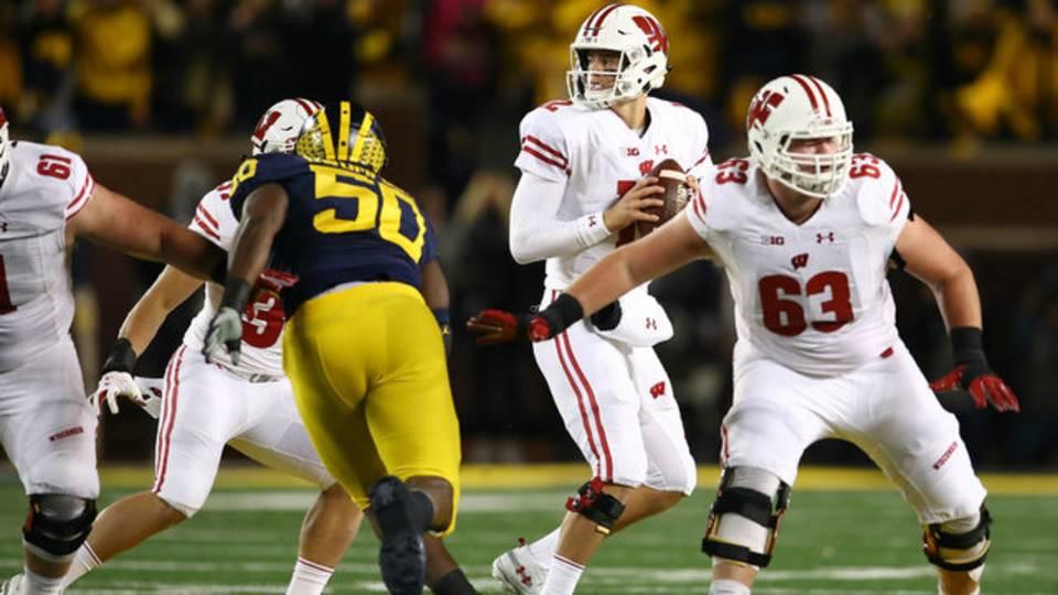 Alex Hornibrook Wisconsin football vs Michigan 2018