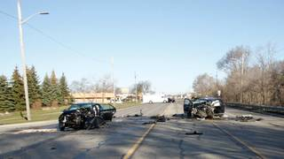 M-59 reopens both directions at Pontiac Lake Road after crash