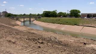 Brays Bayou watershed residents attend meeting focused on upcoming flood&hellip&#x3b;