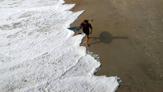 Tips to stay safe when dealing with rip currents