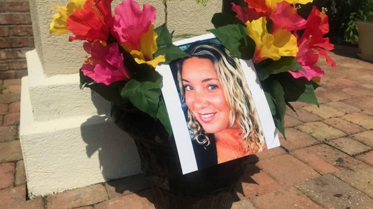 Julie-Stewart-memorial