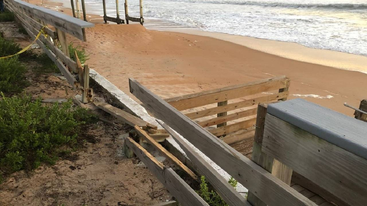 Fence Ormond Beach kids hit on beach
