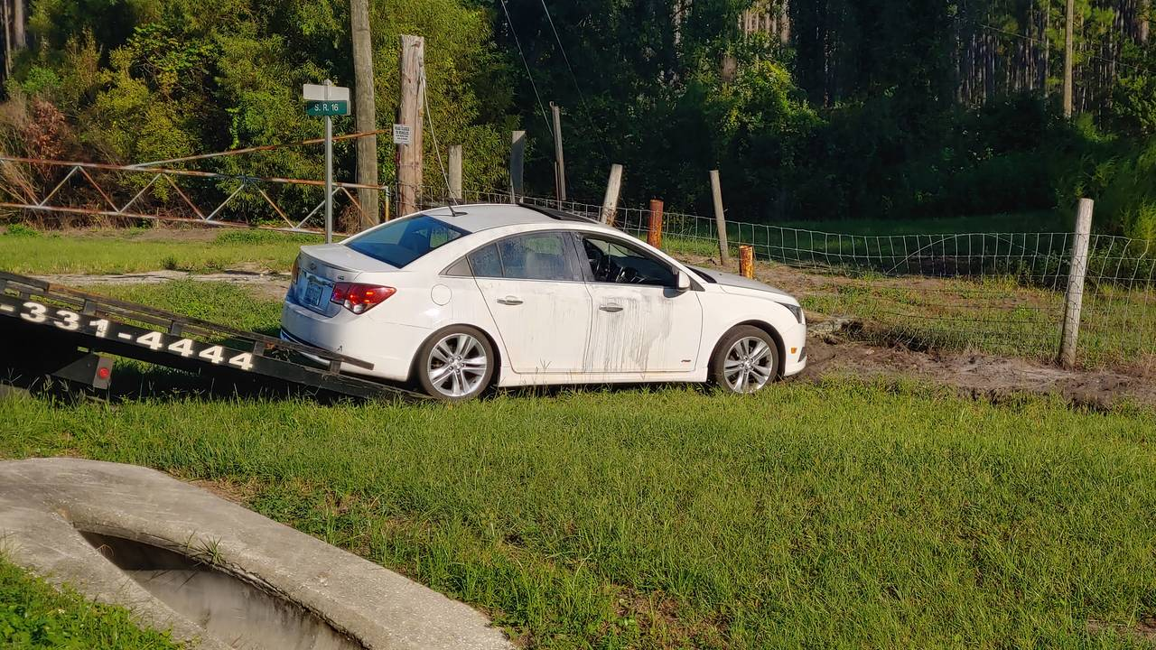 Car chase ends in crash