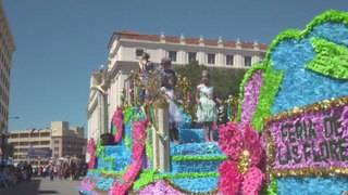 Fiesta events for April 27: Battle of Flowers Parade, 10th Street River Festival