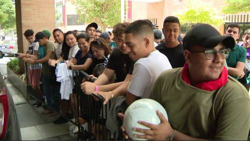 Super fans expected to pack NRG Stadium for Real Madrid-Bayern Munich matchup