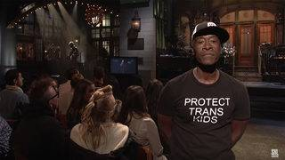 Cheadle makes powerful statement with his wardrobe choice on 'SNL'