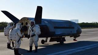 Why was space shuttle parked near runway at Kennedy Space Center?