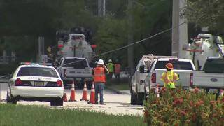 Car crash causes power outages in Plantation