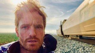 Actor and Comedian Walks 500 Miles, Sleeps Outside to Fight Homelessness