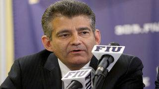 Athletic director Pete Garcia to remain at FIU through 2021