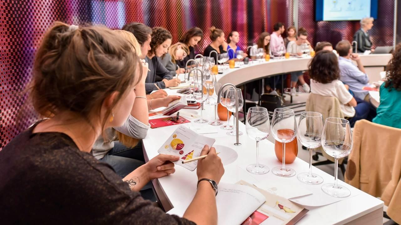wine-class-061119.jpg