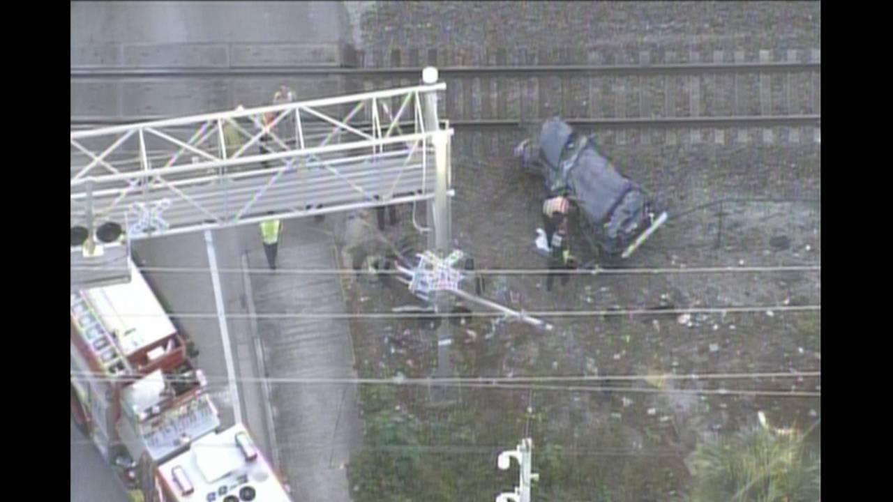 Driver killed in tri-rail crash in Fort Lauderdale _29713530