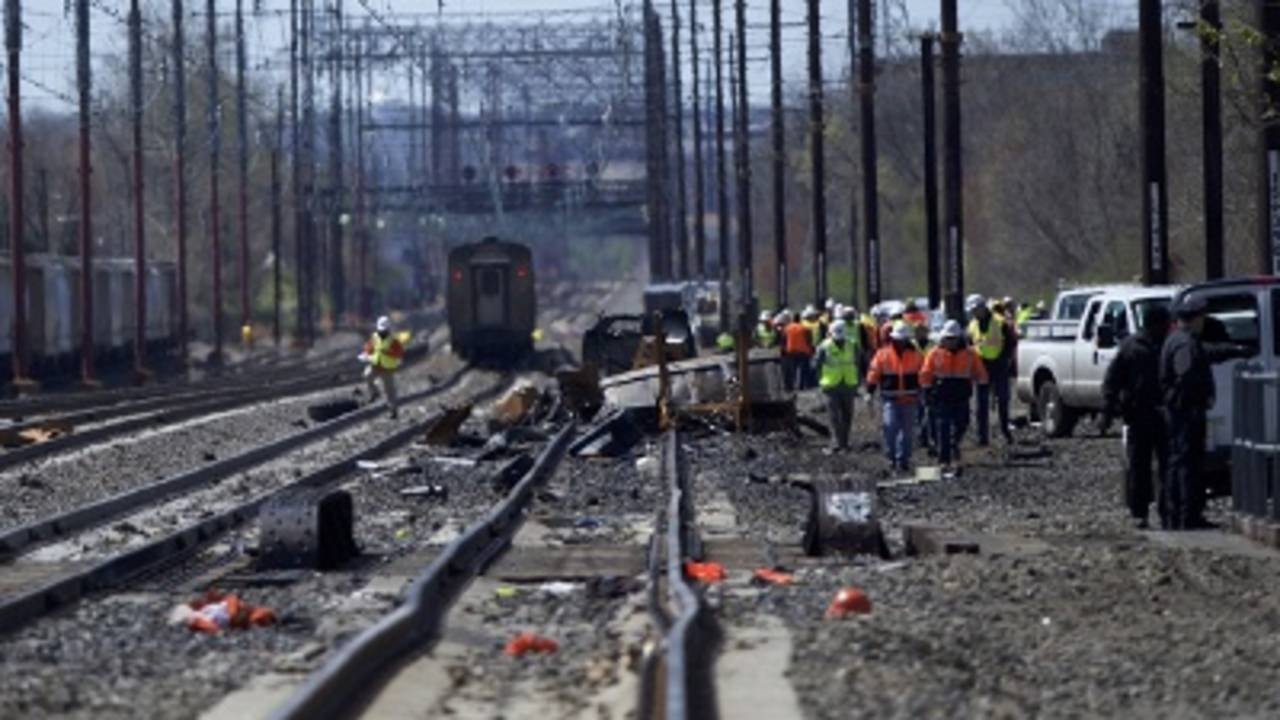 Amtrak crash: Workers may have been on wrong line