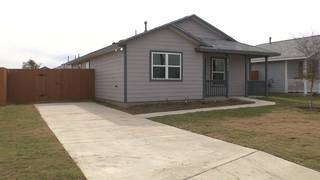 Habitat For Humanity closes on last home of 2017 in SA