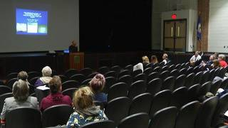 Roanoke schools continue discussions on opioid addiction