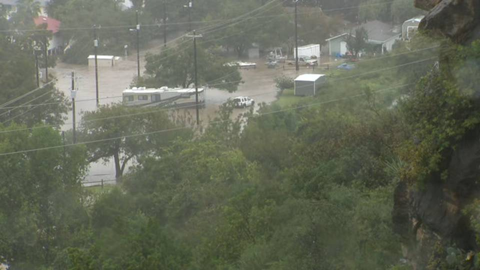 101618 Misael Cam Flooding-03.mov.11_44_10_09.Still001_1539718462137.jpg.jpg