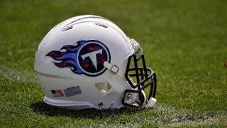 Titans win 6th time in 7 games, beat battered Texans 24-13