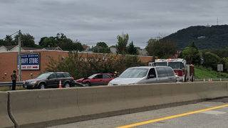 Crash causes delays on I-581 near downtown Roanoke