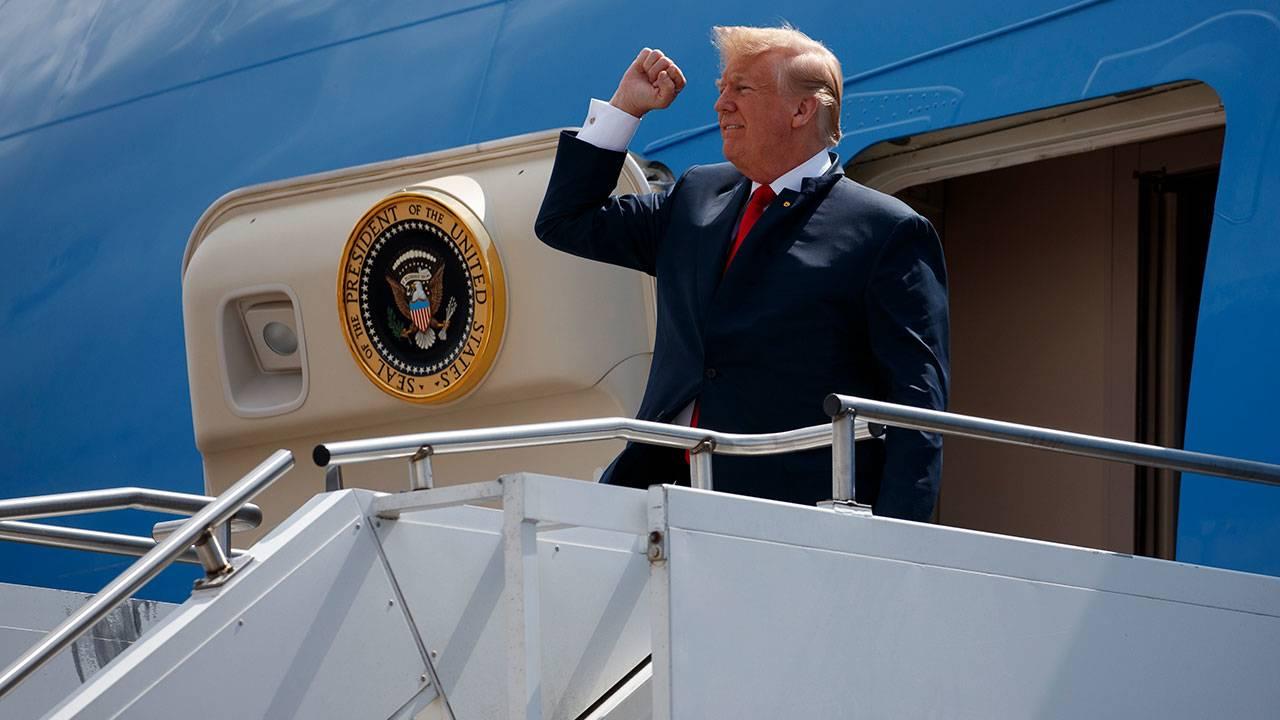 Trump arrives in Houston 5-31-18 - AP Image