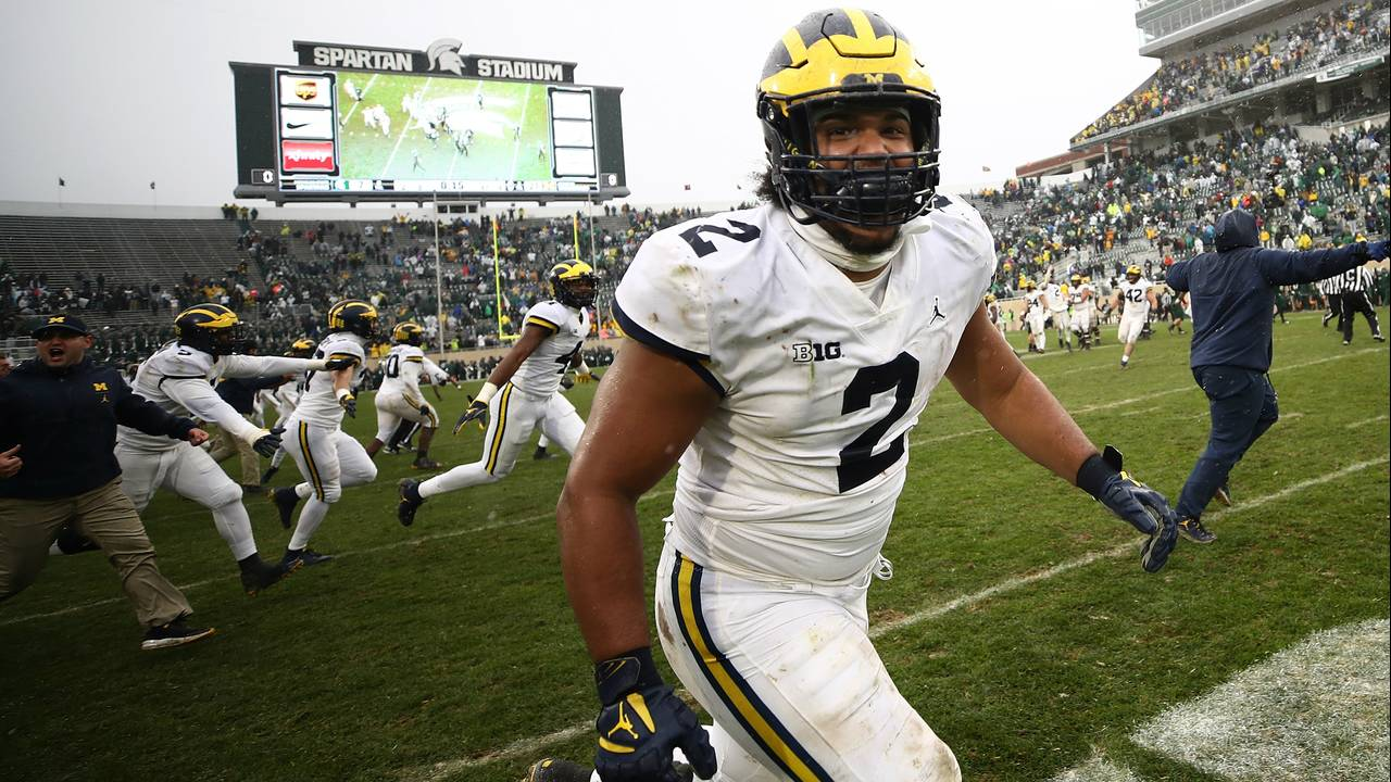 Carlo Kemp Michigan football vs Michigan State 2018