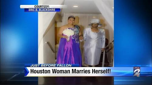 Houston woman marries herself in elaborate ceremony