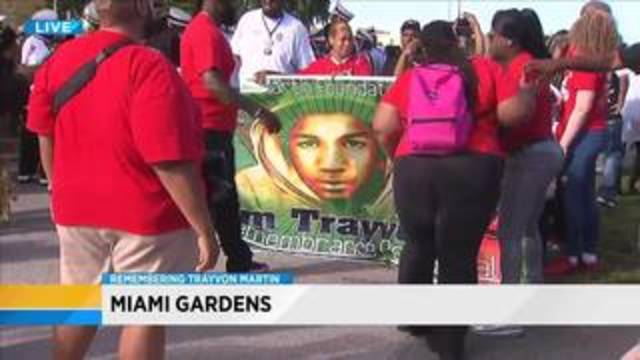 Abortion opponents rally in front of Planned Parenthood clinic – Planned Parenthood Miami Gardens