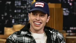 Pete Davidson jokes about his suicide threat in 'SNL' return