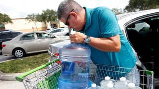 Hurricane survival guide: Supply kit checklist includes water