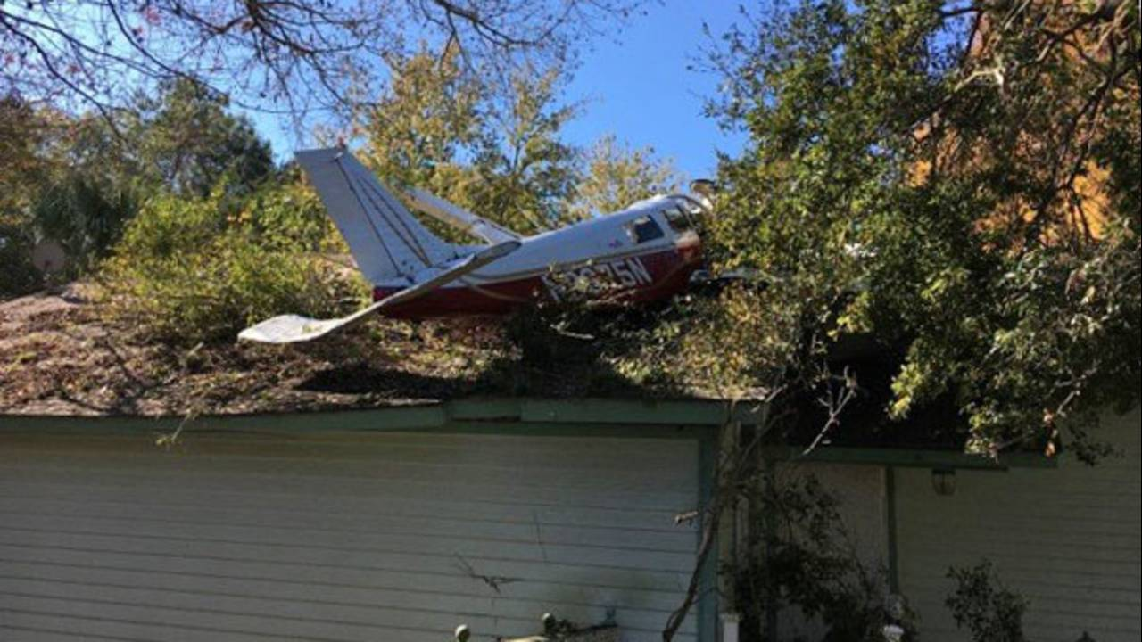 Report Catastrophic Engine Failure Led To Plane Crash