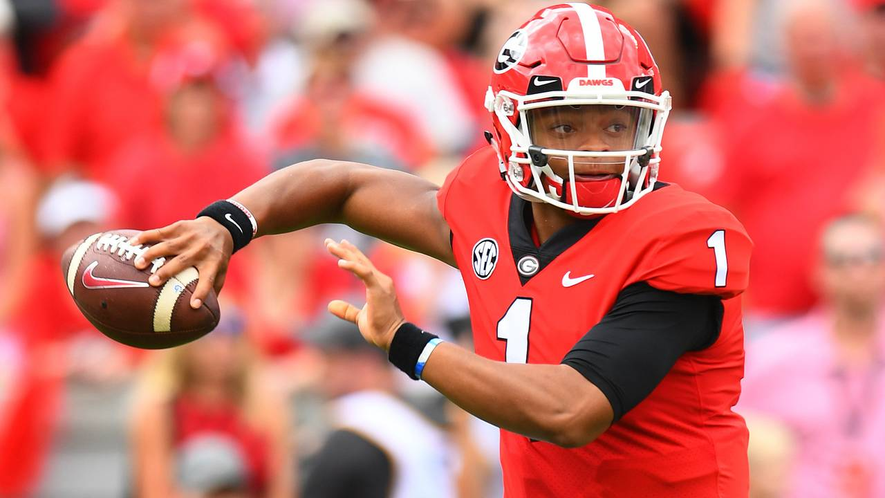 Justin Fields Georgia football vs MTSU 2018