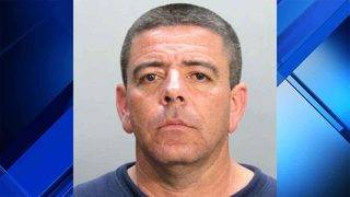 Man accused of fondling girl in checkout line at Sedano's