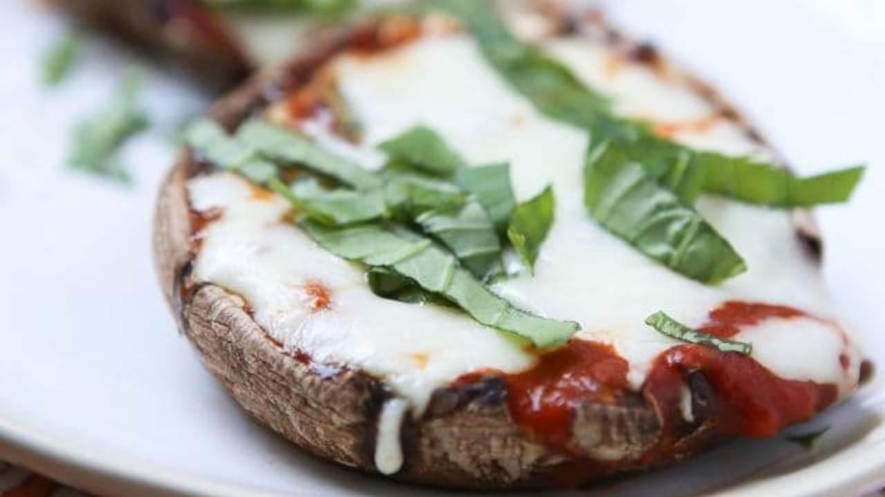 Portobello-Mushroom-Pizza-2-640x571_1542982655076.jpg