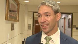Mayor Nirenberg says SA on Raiders' 'radar' as relocation talks resurface