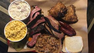 Peach-glazed ribs a must-try at new San Antonio barbecue joint