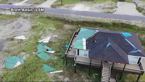 Flooding, power outages reported as Gordon slams Gulf Coast
