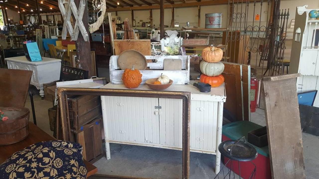 Ann Arbor Antiques Market fall display