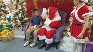 Signing Santa brings joy to hearing-impaired South Florida students
