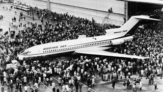 Boeing's famous trijet 727 makes last commercial flight