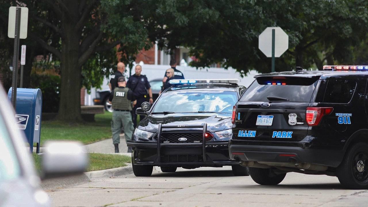Allen Park barricaded gunwoman 2