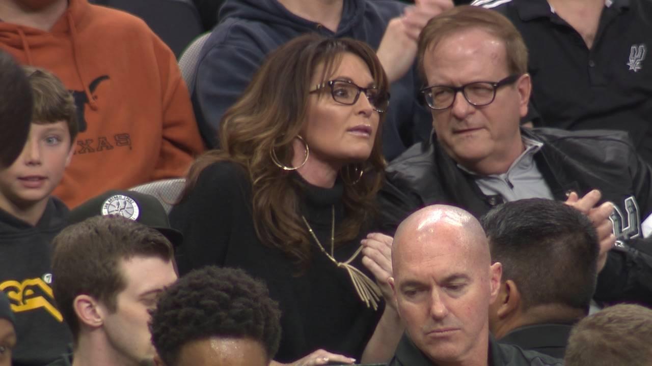 Sarah Palin at Spurs game 1